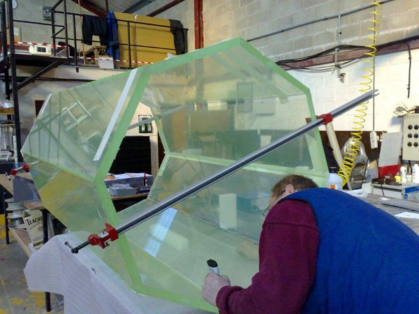 Fabricated 25mm Hard Coated Acrylic Isolation Chamber