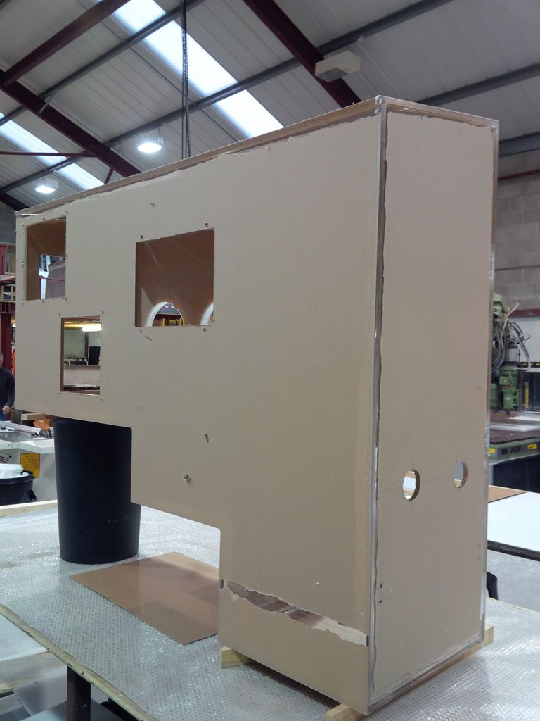 glove port cabinet build